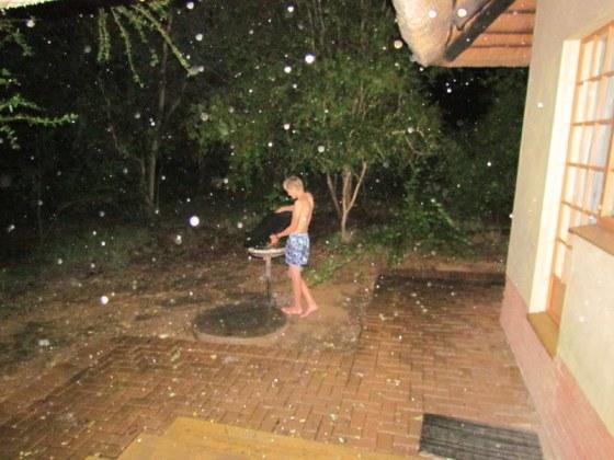 086 Braai in the rain